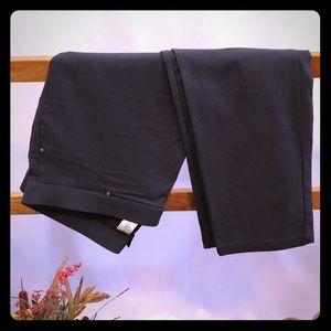 🌞 Rafaella Comfort Stretch Crop Pants 🌞